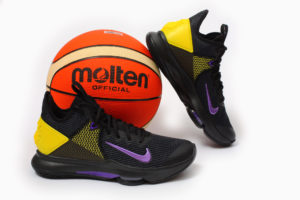 Nike LeBron Witness 4 (Оригинал)